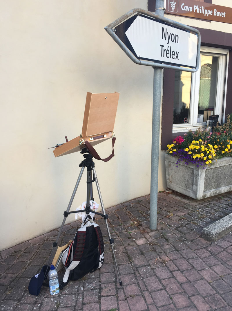 Artist Pochade Box on Tripod